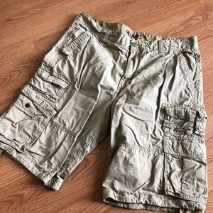 Men's cargo shorts, tan, size 36